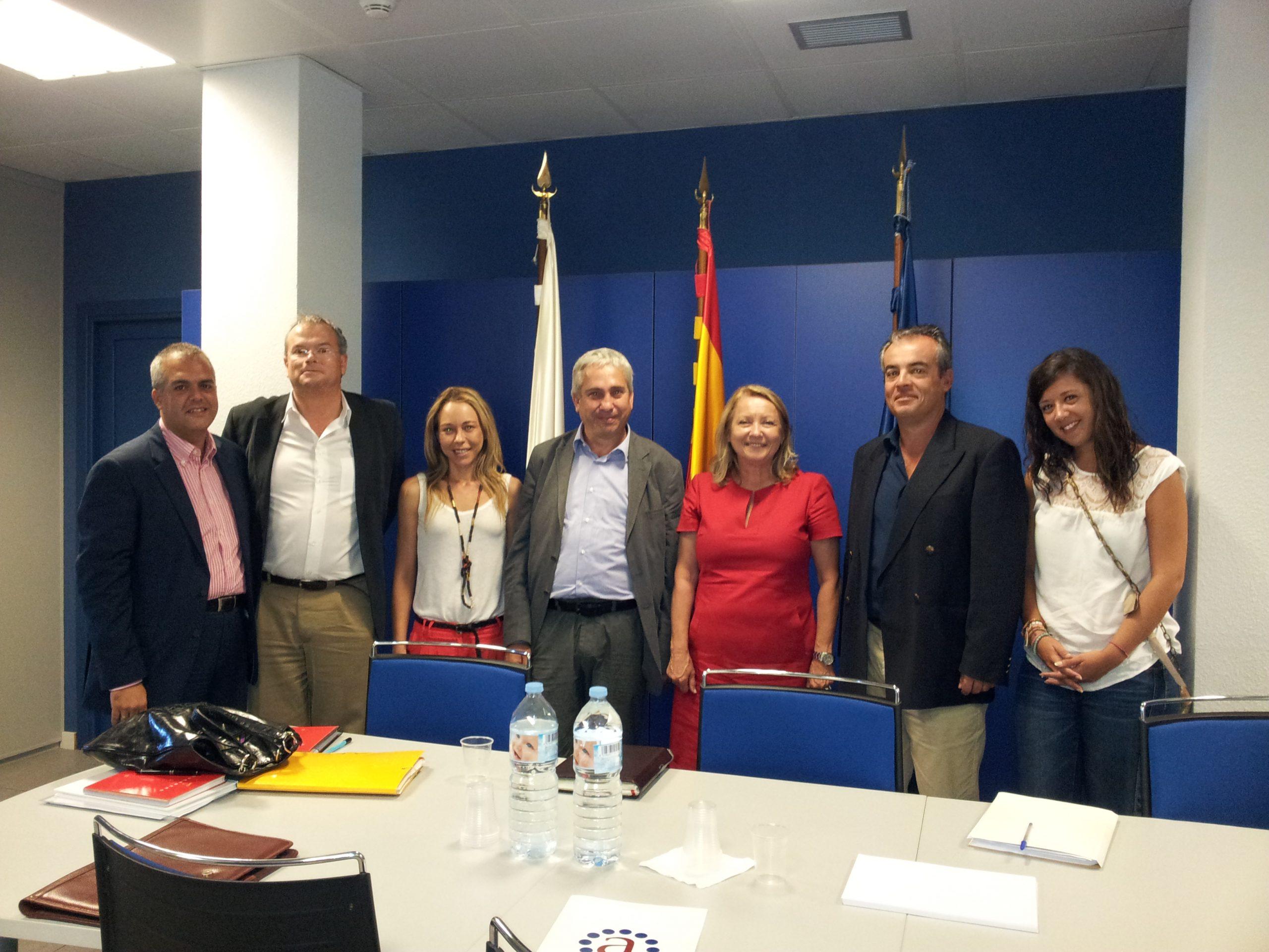 ASESCAN se reúne con los representantes del Servicio Canario de Empleo